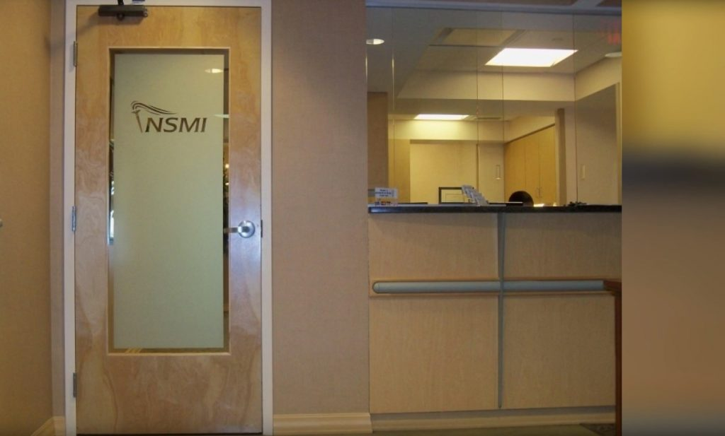 Commercial door repair Mississauga