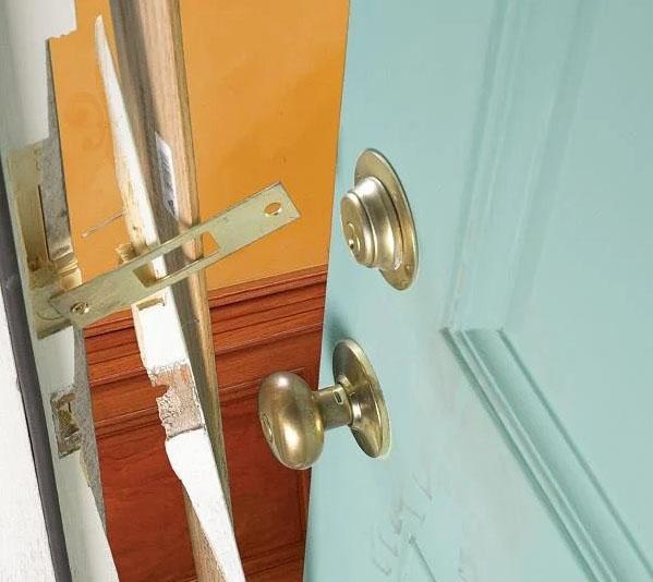 Emergency Door Repair Vaughan